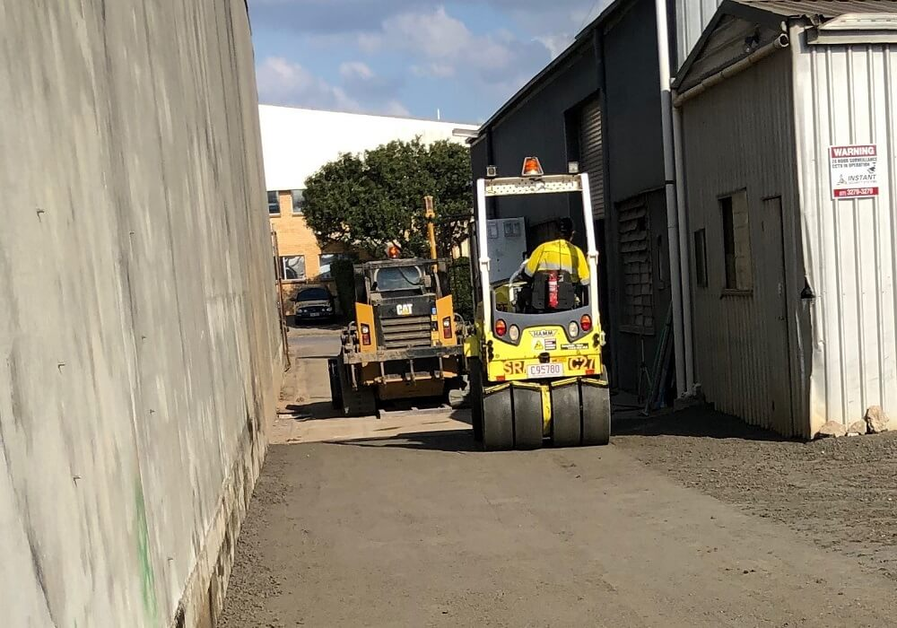 ROLLER HIRE - COMPACTING CEMENT TREATED BASE